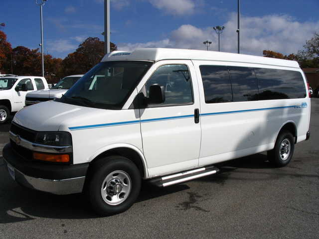 2008 Chevrolet Express 3500 Van Pool Passenger Safetyvan