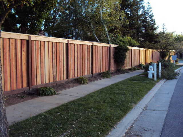 Fence, Gate, Deck, Patio Cover Construction / Repair (916) 690 - 4056