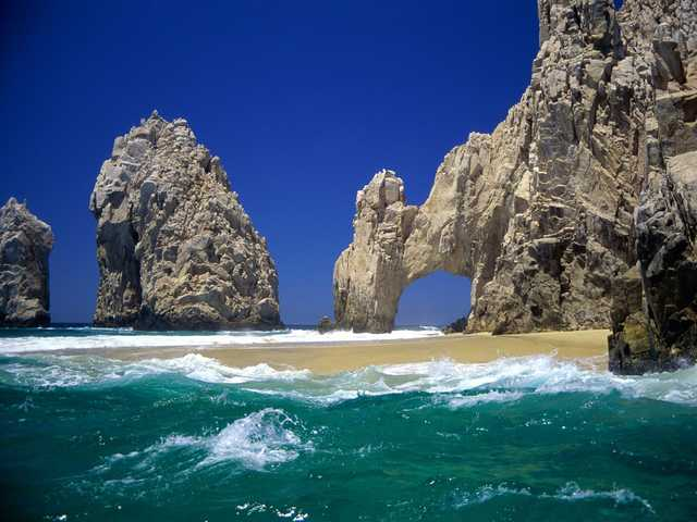 Cabo San Lucas All - Inclusive Resort! W / Airfare!