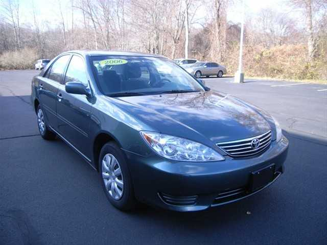 2006 Toyota Camry Le Aspen Green Pearl
