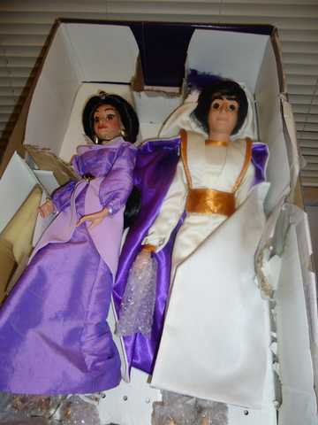 Aladdin & Jasmine Collector Dolls