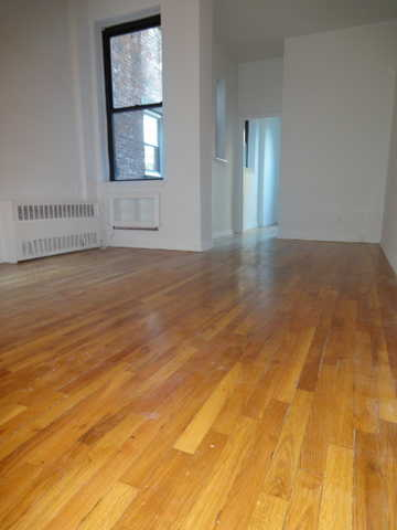 1 Bed * Mint Cond * Light & Bright * Ues