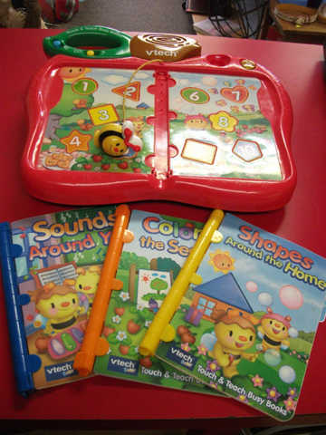 Vtech Touch & Teach Busy Books Base And 3 Books
