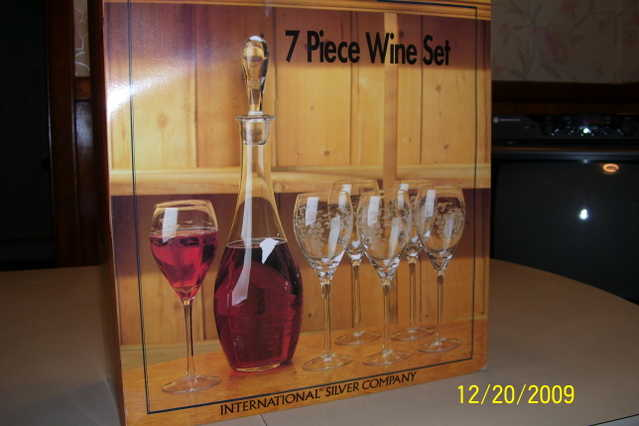 Elegant Wine Set 7 - Pc.