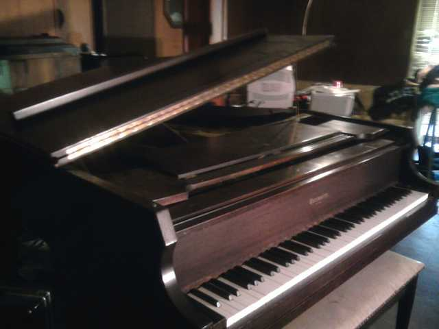 Grand Piano / Rauworthpp