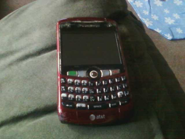 Blackberry Curve 8330 And 8520 W / Chargers