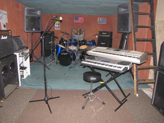 Rehearsal And Recording Studios Strating At $10 / Hour Fully Equip