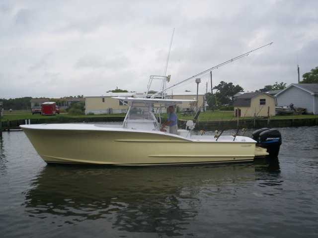 29 Custom Carolina Center Console