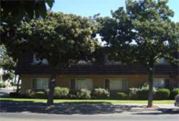 940 N San Joaquin 1st Months Rent Is Free !