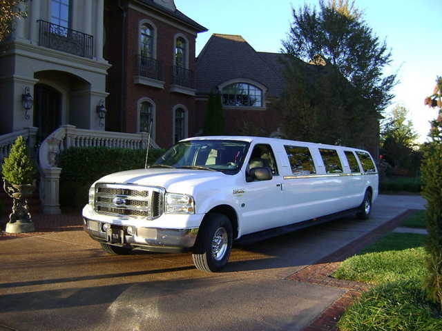 Prom Limousine Specials: Book Now!