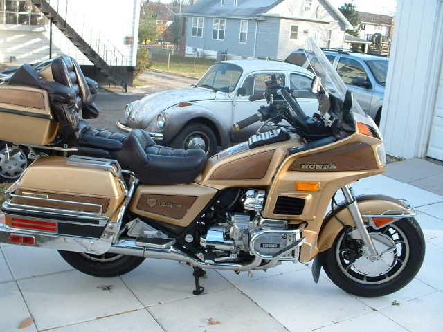 Goldwing 1200 Honda Ltd - $5,550.00