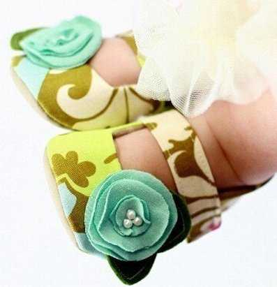 Adorable Baby Shoes For Little Girls