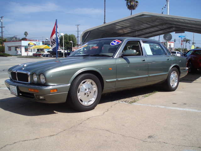 1997 jaguar xj6 l nice clean car financing available in ventura county ventura county 1997. Black Bedroom Furniture Sets. Home Design Ideas