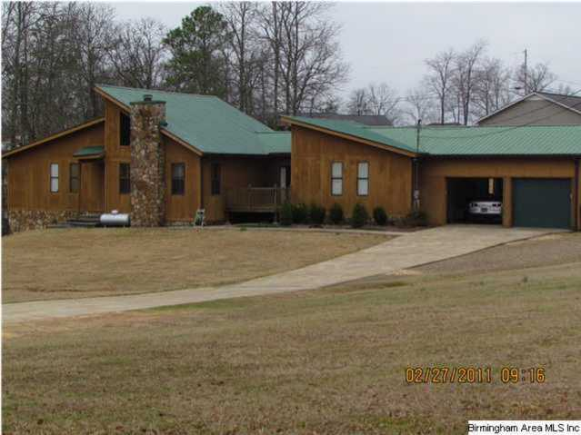 Home In Oxford On 2 Acres With A Pool