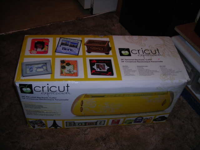 New Cricut Expression 24 Personal Electronic Cutter