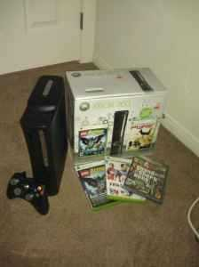 X - Box 360 Elite 120g With Equipment And 3 Games $200