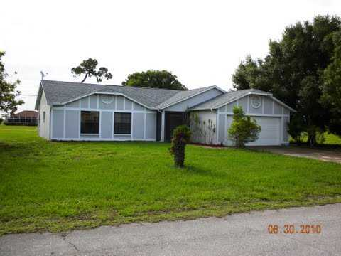 Investment Property! Cash Flowing! 3 / 2 Home For Sale!
