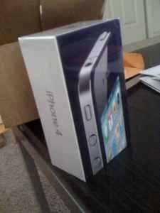 Wts: 4g Apple Iphone 32gb / 3g Ipad2 32gb Wifi / Nokia N8