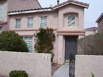 Spacious 2 Bedroom Townhome Near Las Vegas Strip