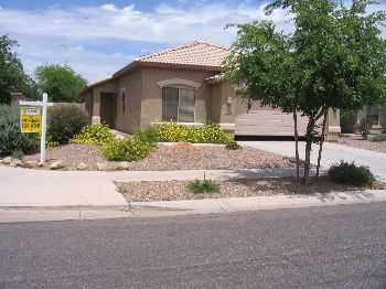 3 Bedroom 2 Bath With 3car Garage!