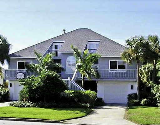 Lushly Landscaped Key West Style Home!