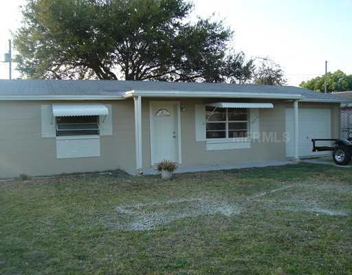 Freshly Remodeled 2 / 1 / 1 With Beautiful Yard!