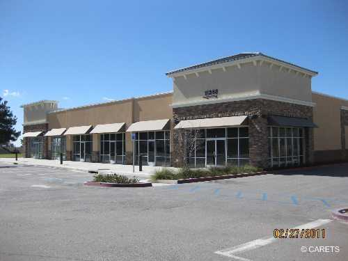 Multiple Retail Spaces And Restaurant Pad For Lease