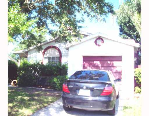 Fabulous 3 / 2 / 1 Home Is An Approved Short Sale!