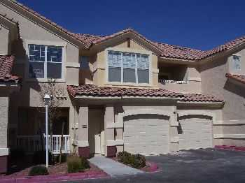 Fabulous Condo Wgarage Near Nellis Afb
