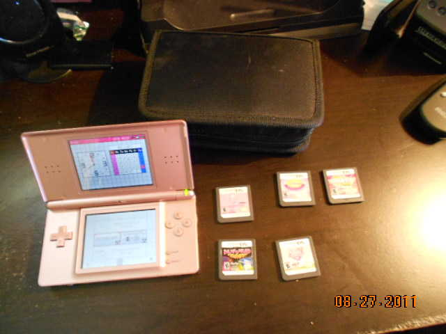 Nintendo Ds Lite + 5 Games