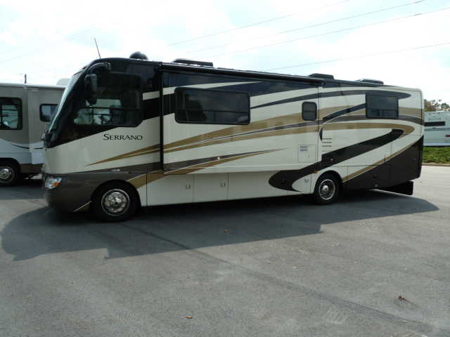 2010 Four Winds Serrano 31v