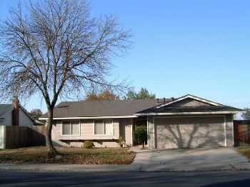 3bed2bath In Modesto, Near Shops, Covered Patio