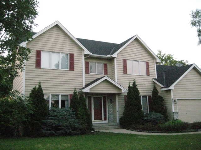 Fabulous Lake - Side 4br / 2.5ba Sfh In Eagan!