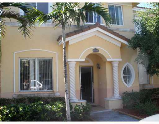 Spectacular 4 / 3 Townhouse On Keys Cove (Homestead) * Free Cable