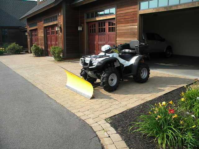 > Like New Atv! 2007 Honda Foreman Trx500fe With Plow <