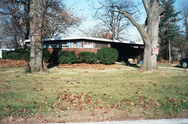 Handyman Special. Palos Heights, Il. $99,000.