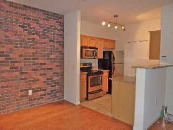 Great 1b1b Brick Commons Condo Wdpoolgym