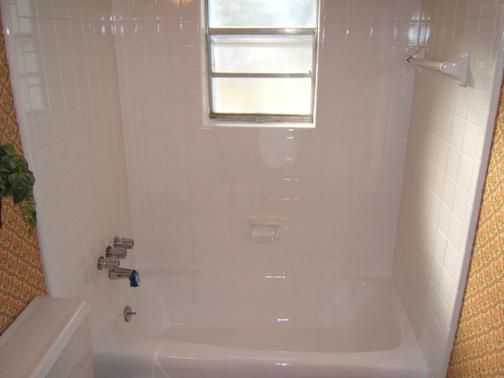 Quality Bathtub Refinishing / Reglazing - $100 Off - 925 - 516 - 7900