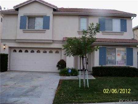 Bank Owned / Reo - S. Corona - Built 2000, 4 Bed,2.5bth - Great Are
