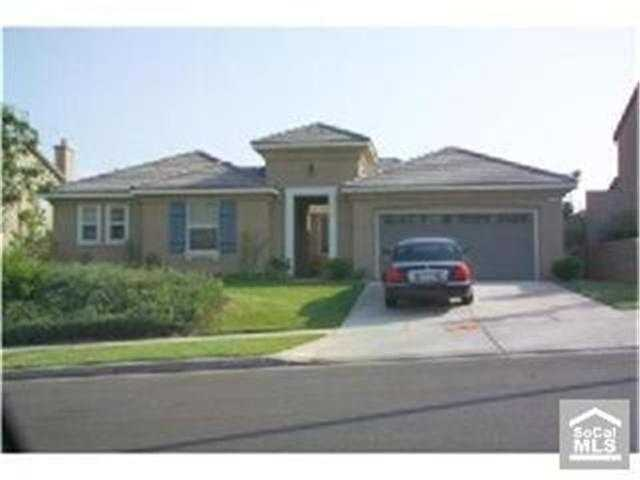 * Approved S. S. * South Corona - Built 2005 - One Story - 3bd,2.5b