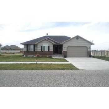 5 Bedroom 3 Bath Home In Ammon