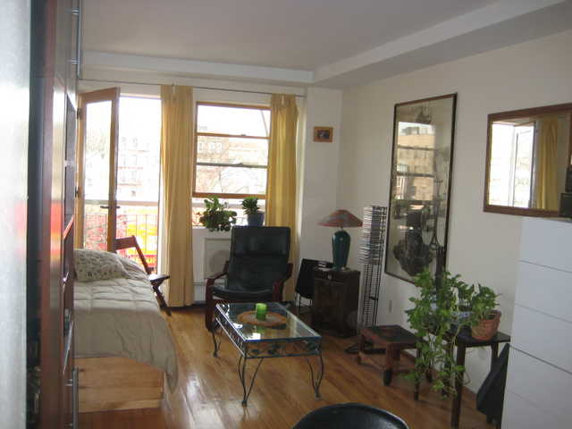 Semi - Furnished Studio Apt With Balcony For Rent