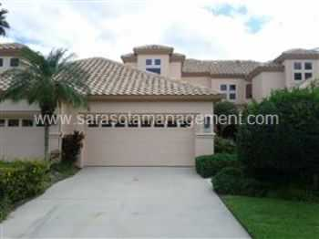 Desirable 3bedroom 3 Bath Twostory Townhouse In G