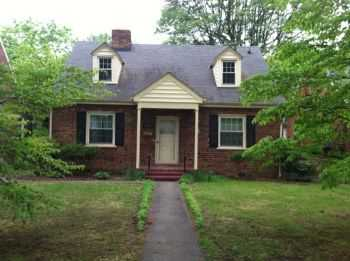 Great 3br 2ba In With Garage!