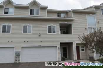Upgraded 2 Bedroom Woodbury Townhome 1500 Sq Ft