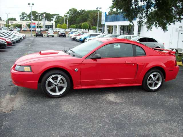 2004 Ford Mustan Gt - Red - Manual - 63k Mi.