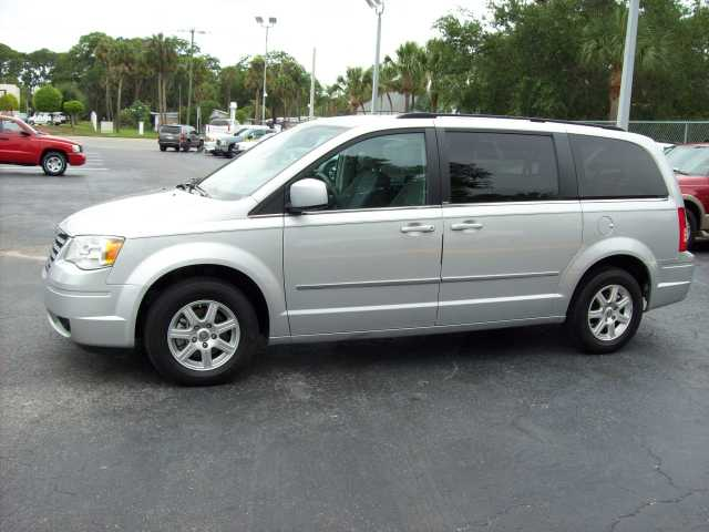 2010 Chrysler Town & Country - Silver - Touring - 32k Mi.