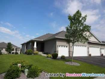 Luxury 3 Bedroom Townhouse In Maple Grove