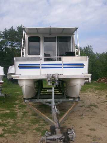 2001 26ft House Boat