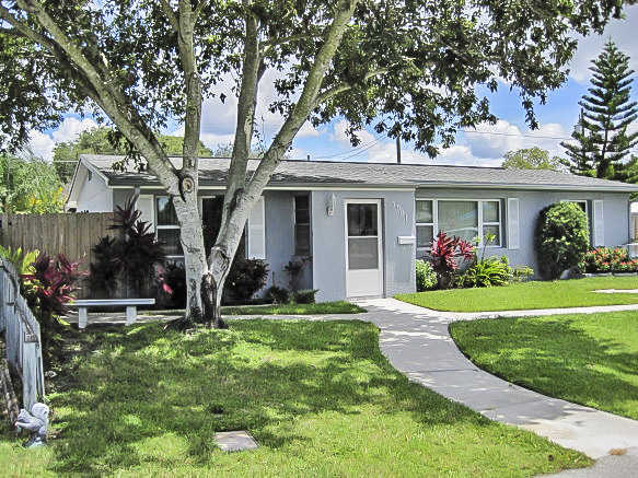 Gorgeous Pinellas Park Pool Home!